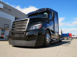Freightliner New Cascadia Sleeper 72 2020