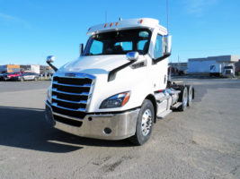 Freightliner Cascadia Day Cab 126 2020