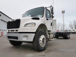 Freightliner M2-106 2020