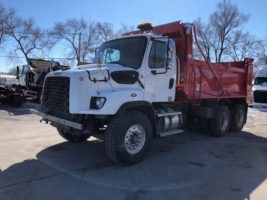 Freightliner 114SD 2020 LY4601