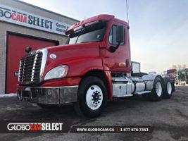 Freightliner-cascadia-2015-rouge-u9336-1